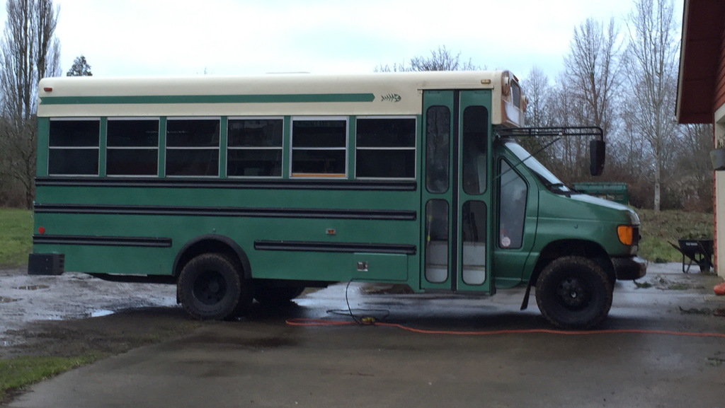 Lifted Short-bus on 32's - School Bus Conversion Resources