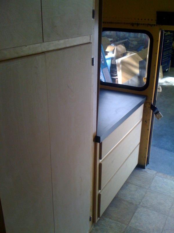 cabinet4