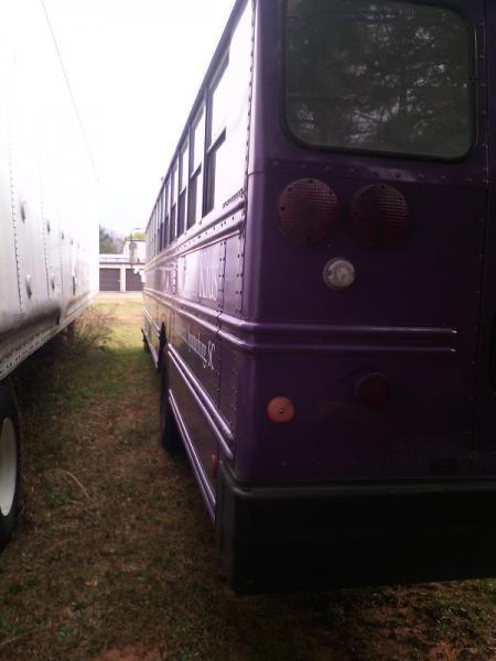Bus (12)A