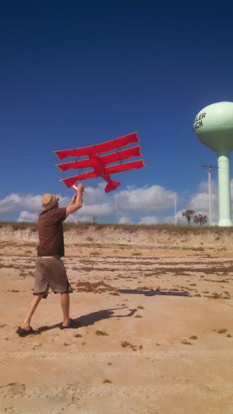 20170418 Elfie Flagler Beach kite