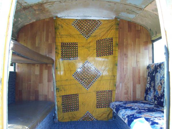 001 both sides fold up for a bunk