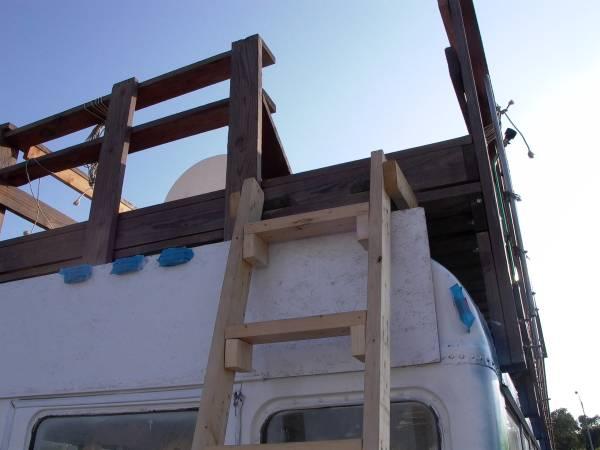 04 laddertop