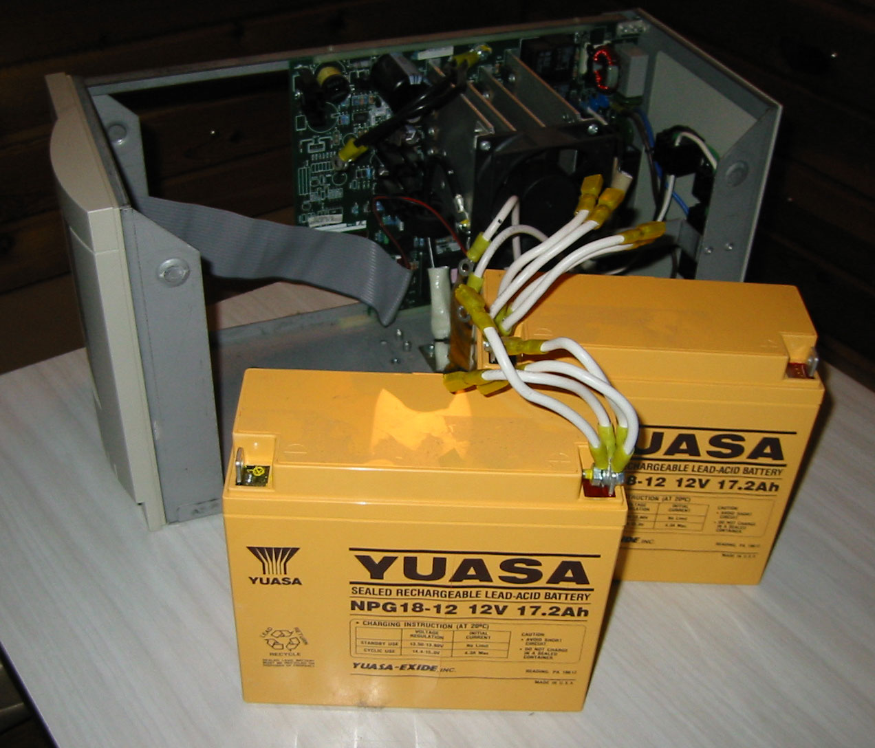 1000W UPS 2