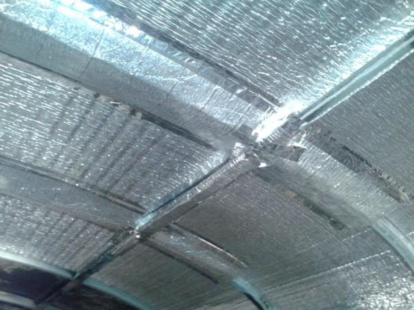 Foil tape at joints (Prodex Insulation)