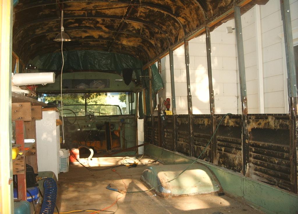 bus%2009 10 2006%20 17