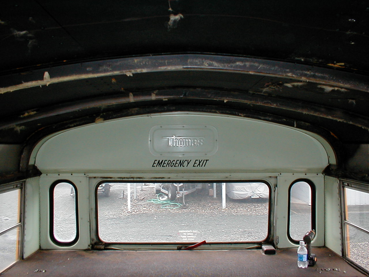 Cap rear inside
