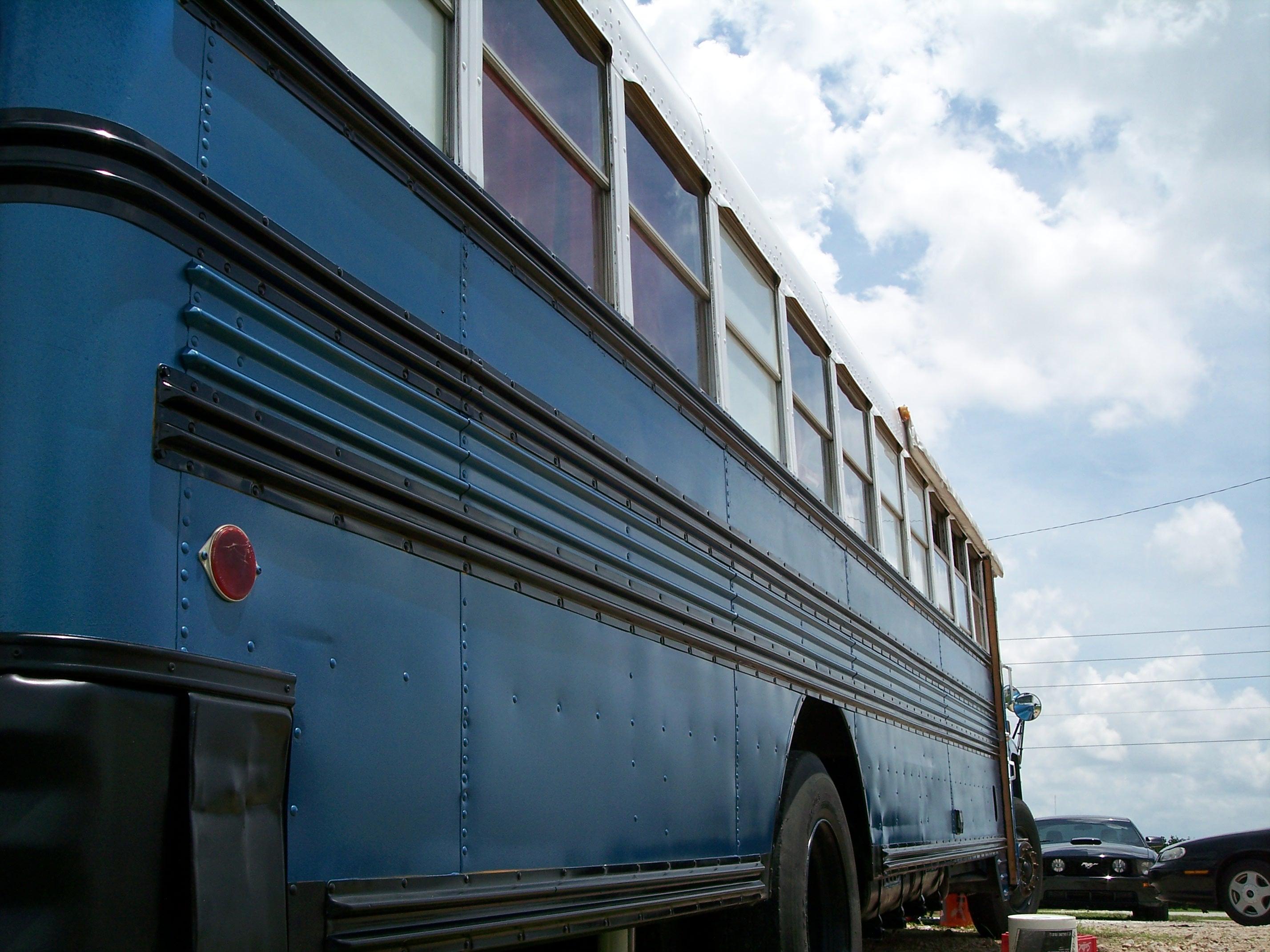 blue025
