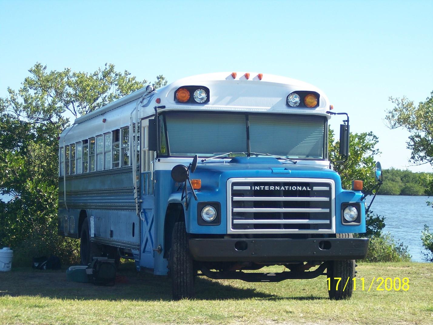 blue054
