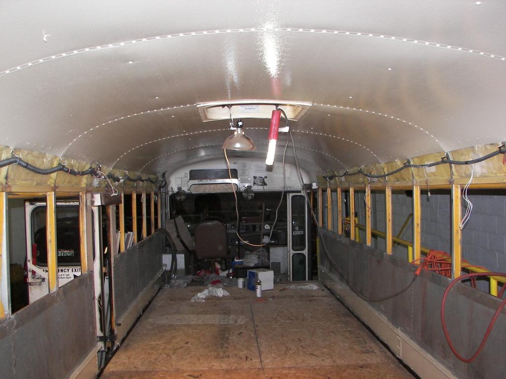 Bus076 1