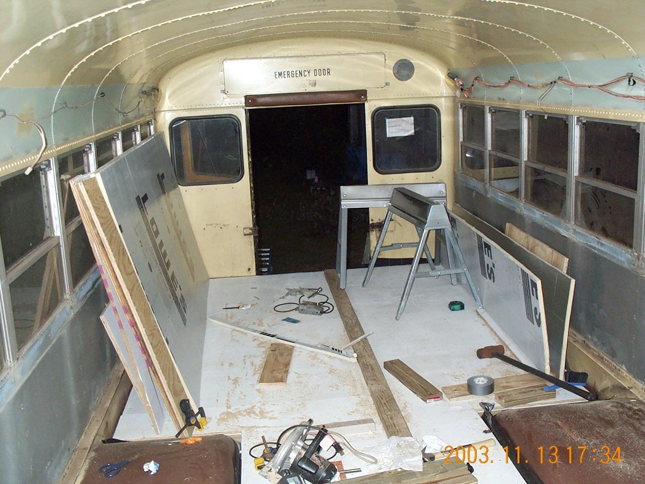 Bus 16Nov03 009