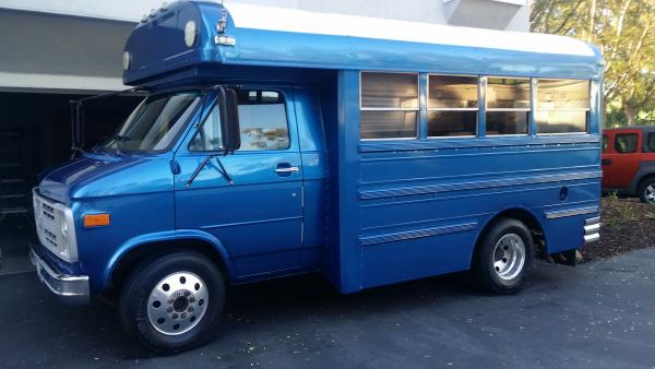 My blue bus