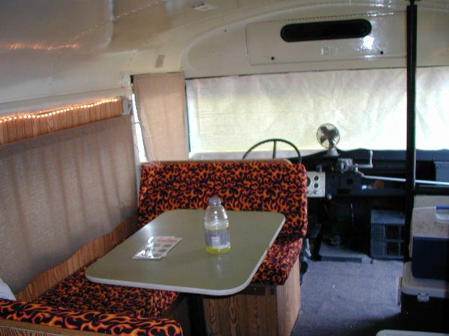 bus inside03