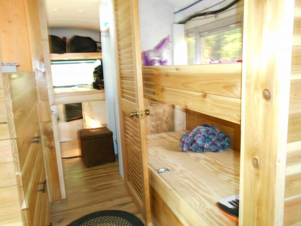 hall with the 3 bunks and drawers