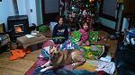 20181225 Christmas under the tree unpacking