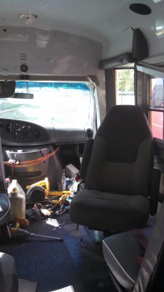 20160612 E350 Corbeil passenger swivel seat