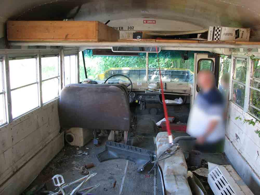 craigbus2 insidefront